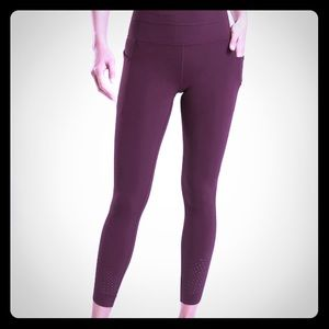 Athleta 7/8 Tight in Powervita - Auberge - XS
